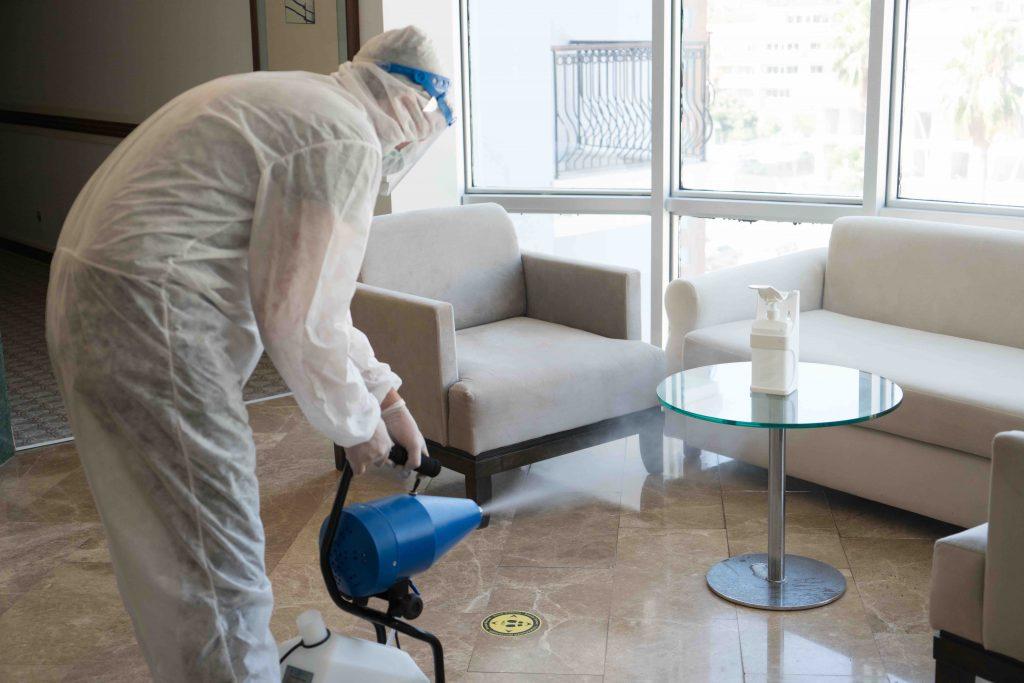 Reinigungspersonal im Hotel